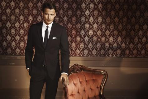 Suit là trang phục không thể thiếu của một quý ông