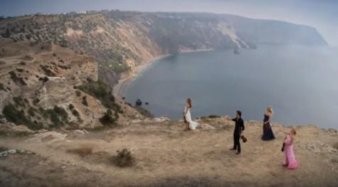 Một cảnh trong MV Europe Sky của ca sĩ Alexander Rybak có sử dụng FPV Drone.