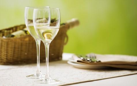 Rượu vang trắng cũng có một công dụng đáng ngạc nhiên