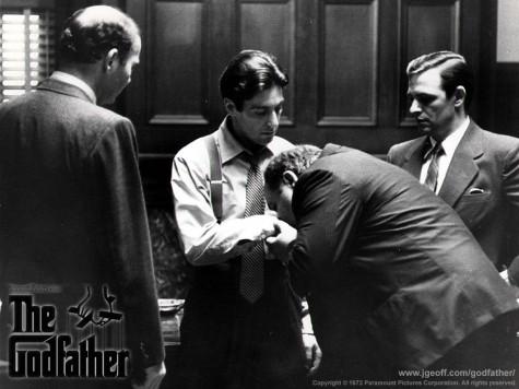 Một triều đại mới lên ngôi, Michael giờ đã trở thành Don Michael Corleone, người đứng đầu gia tộc.