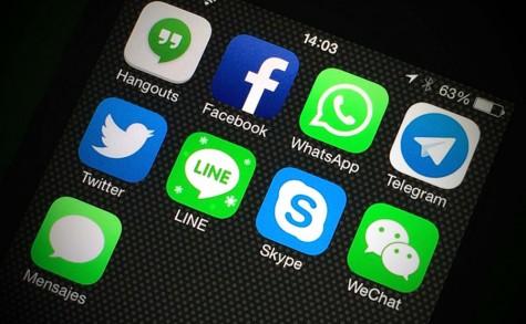 Các ứng dụng phục vụ cho chatting và kết nối cộng động hiện nay là vô số kể.