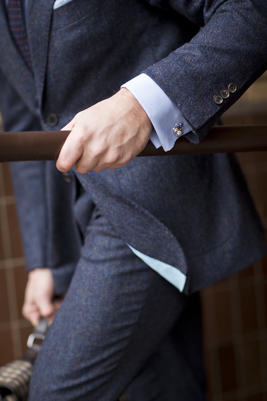 5 phụ kiện thời trang nam cơ bản đi cùng đồ Suit3