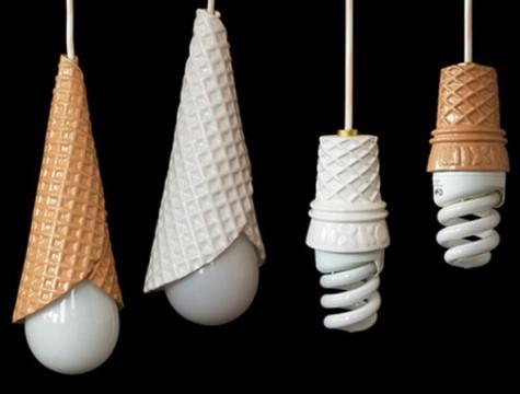 Sản phẩm đèn hình thu kem ốc quế mang lại sự mới lạ trong hình dáng.