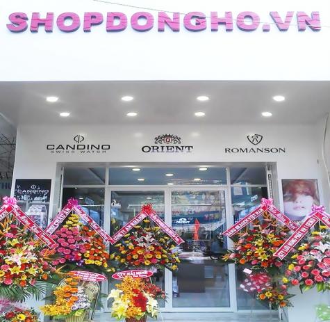 Một showroom Shop Đồng Hồ.
