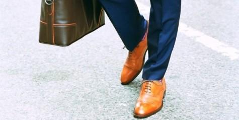 Giày dép phải được phối hài hòa với trang phục