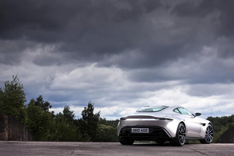 Aston Martin khẳng định, những dòng xe thể thao tương lai sau này sẽ chịu ảnh hưởng của thiết kế từ DB10.
