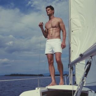 Những mẫu quần bơi nam cực kỳ ấn tượng