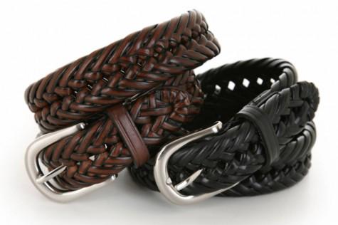 Kiểu dây nịt sợi bện (braided belt) là một accessory phù hợp với quần ngố nam.