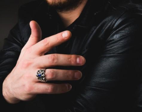 Xu hướng những kiểu nhẫn bạc nam 2016