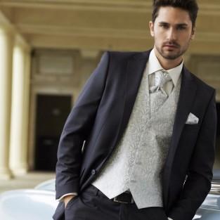 3 sai lầm cần tránh khi diện áo vest nam