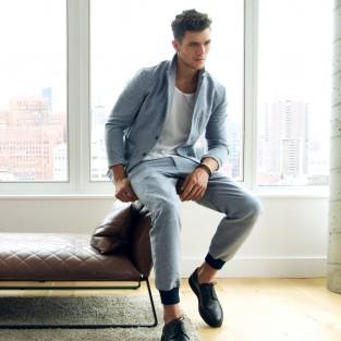 5 kiểu áo thun nam chàng trai sành điệu nên có