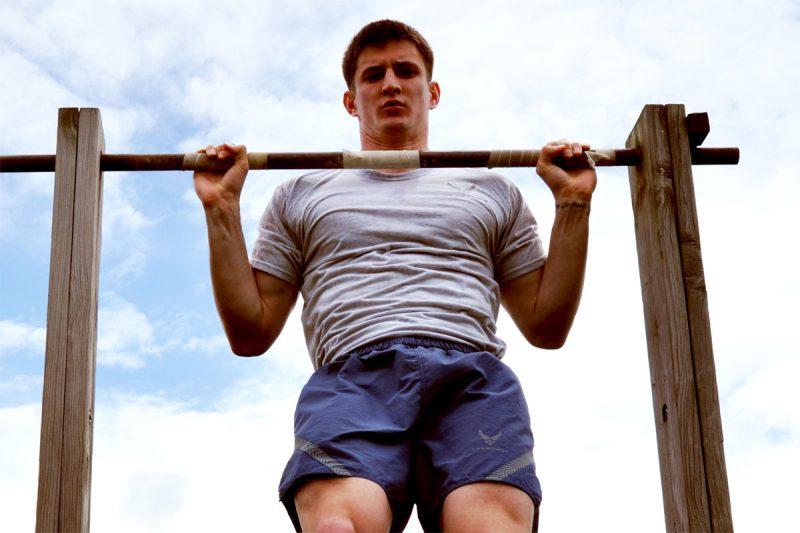 Để có một thân hình săn chắc các bạn phải luôn kiên trì luyện tập nhé!