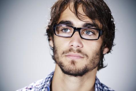 Cách lựa chọn kính mắt nam phù hợp