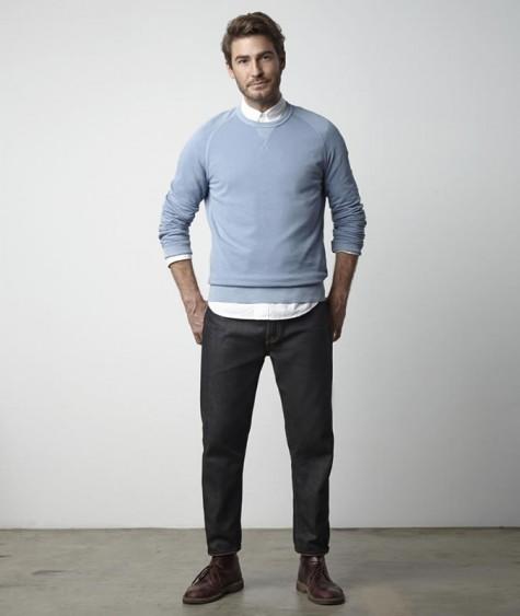Chọn chiếc quần jean thông thường, sẽ phù hợp cho các bạn đấy.