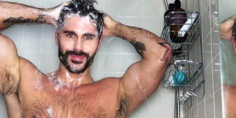 Tắm rửa sẽ mang lại cảm giác sảng khoái cho các quý ông, mang vẻ tự tin để đi chinh phục thế giới