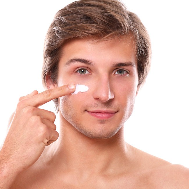 Nguyên nhân gây nám da mặt ở nam giới
