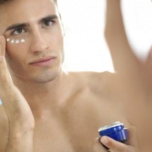 8 thói quen chăm sóc da và cơ thể phái mạnh cần biết
