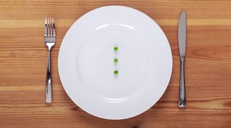 Việc không ăn uống đầy đủ sẽ dẫn đến dẫn việc suy nhược cơ thể.