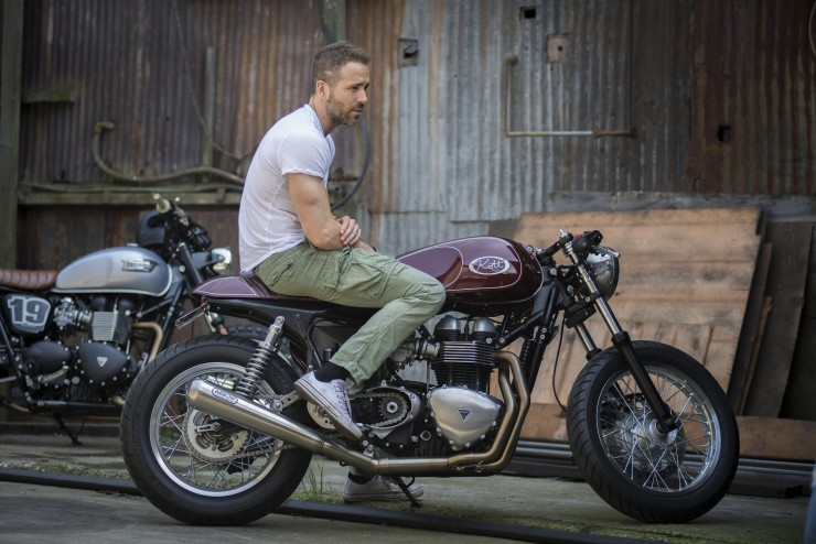 Ryan Reynolds & Triumph Thruxton cafe racer - elle man