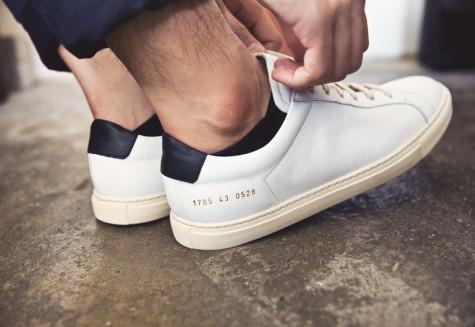6 thương hiệu giày thời trang tối giản đình đám nhất hiện nay - common projects - elleman 6
