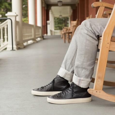 6 thương hiệu giày thời trang tối giản đình đám nhất hiện nay - gustin- elleman 4