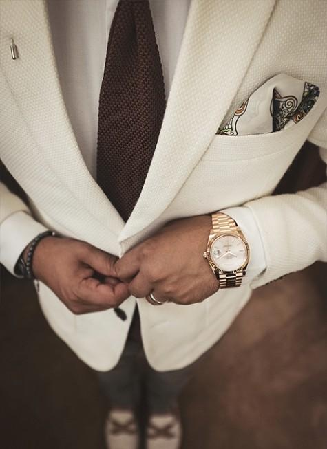 4 tranh cãi 'nên hay không' khi diện một bộ suit