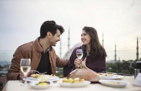 9 lời khuyên cho buổi hẹn hò đầu tiên - elle man 9