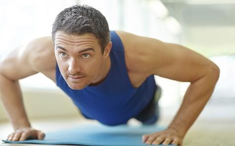 5 lưu ý tránh chấn thương khi tập thể hình - Không bỏ qua việc khởi động - elle man