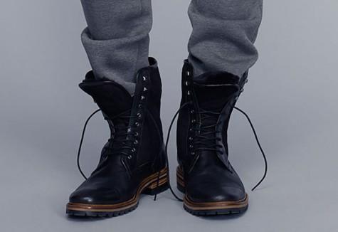 7 xu hướng thời trang giày nam nên tránh - undone biker boots - elleman 1
