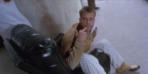 Những-bộ-phim-đáng-nhớ-trong-sự-nghiệp-diễn-xuất-của-Brad-Pitt-12-monkeys-1-elle-vietnam-490x245