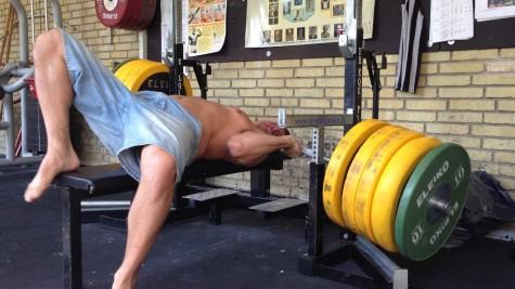 Tập gym tản mạn Đẩy ngực bao nhiêu là đủ - elleman