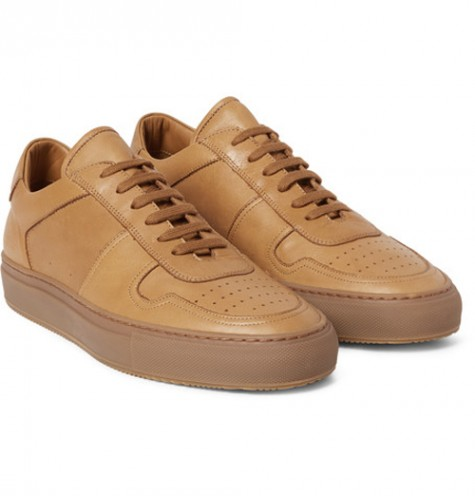 5 cách phối đồ suits đẹp cùng trainers - common projects brown bball leather sneakers - elleman