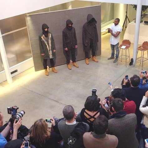 6 cái bắt tay tuyệt vời nhất trong thế giới thời trang - Kanye x APC - elleman 3