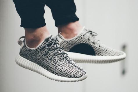 时尚界最好的6次握手-Kanye x adidas Yeezy Boost 350-Elleman