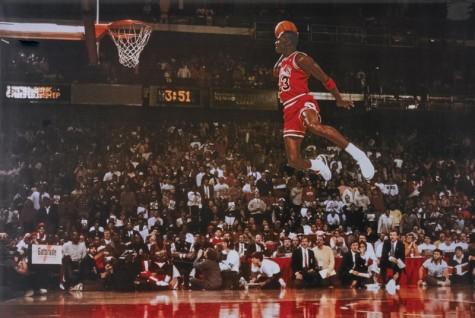 6 cái bắt tay tuyệt vời nhất trong thế giới thời trang - Micheal Jordan x Nike - elleman 2