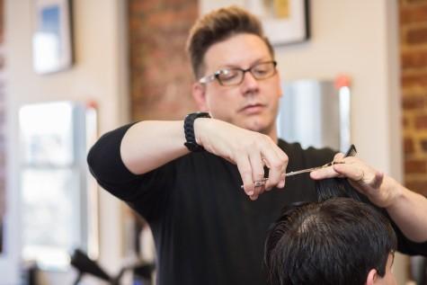 Làm cách nào để tìm được một thợ cắt tóc phù hợp với chính mình - elleman - 1