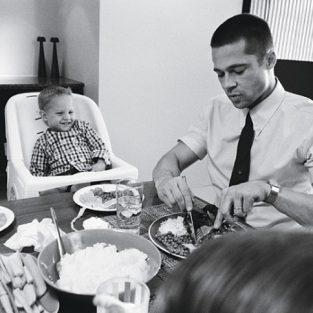 Brad Pitt và những khung ảnh về Angie - elle man 31