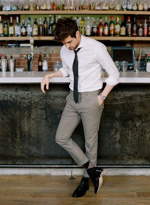 4 kiểu quần nam đẹp nên thử ngoài skinny jeans - quần tây + oxfrod - elle man 2