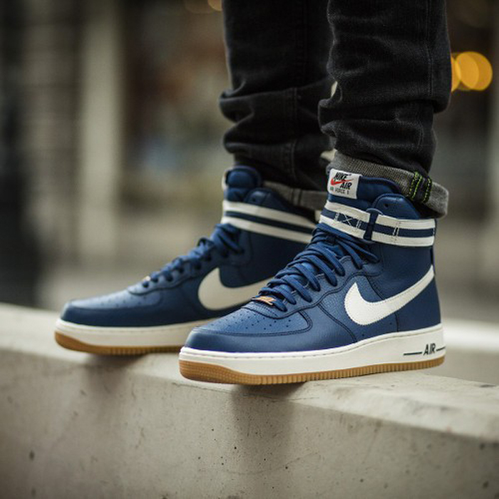 5 kieu giay the thao - basket-ball - Niek Air Force 1 High 07 Trainers - elle man