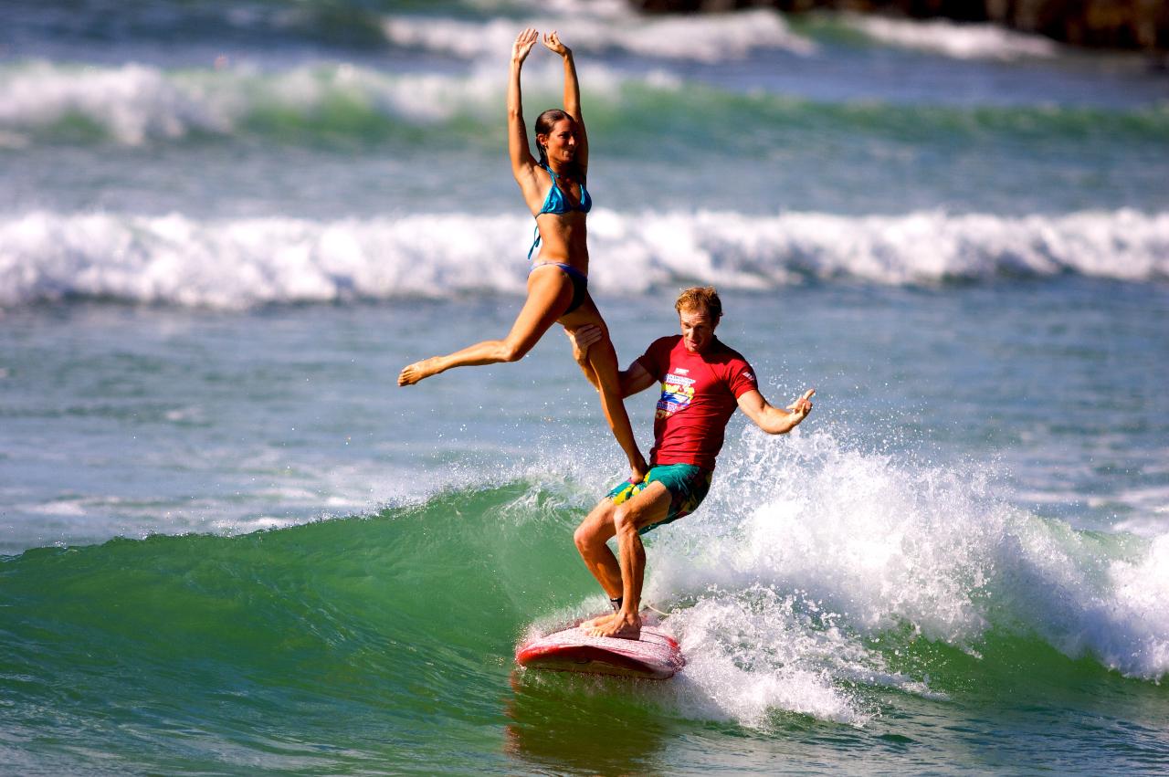lướt sóng đôi môn thể thao hấp dẫn ở hawaii - elleman 1