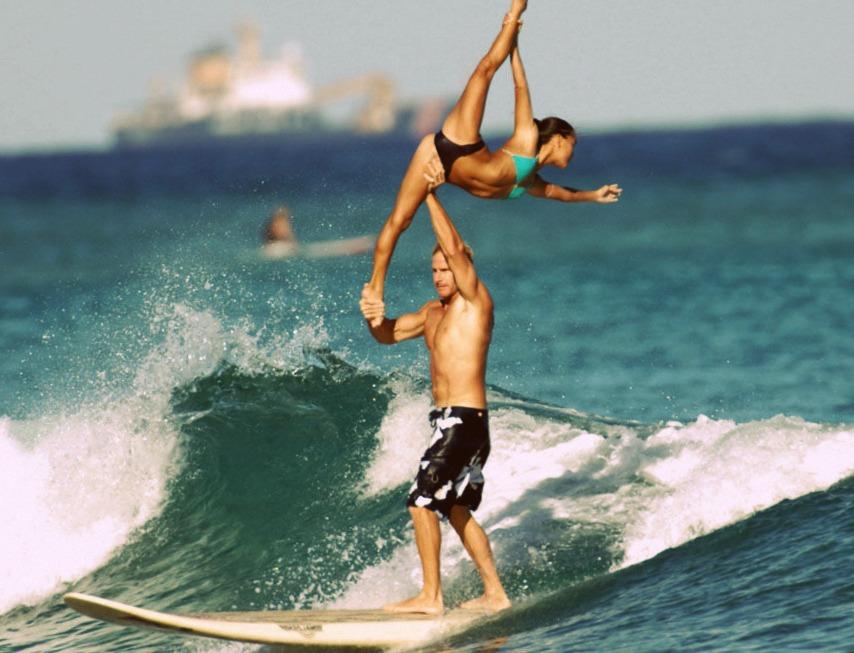 lướt sóng đôi môn thể thao hấp dẫn ở hawaii - elleman