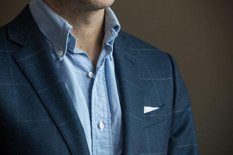 blue-mens-button-down-shirt-with-plaid-blazer-simple-outfit-idea-2