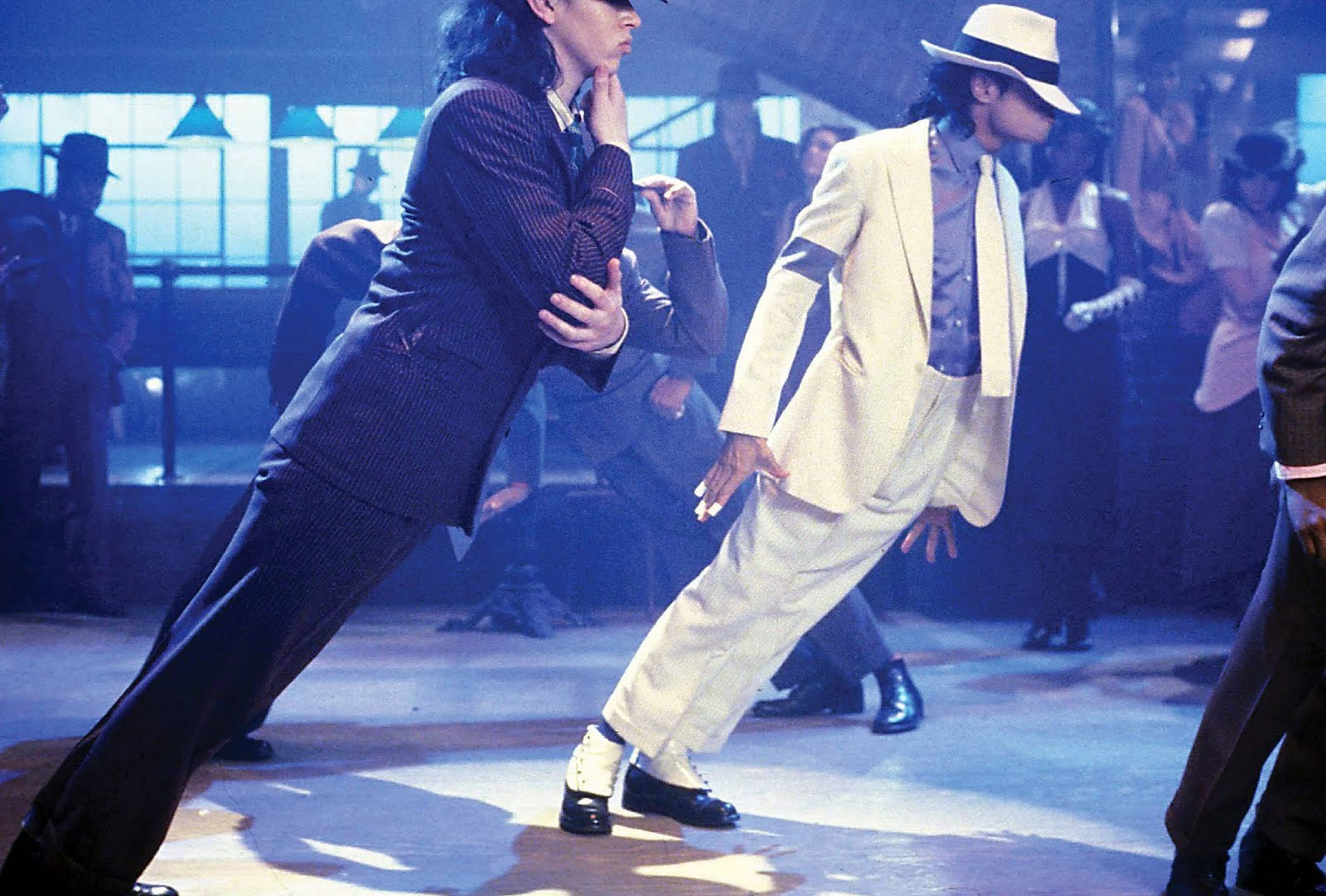 Ngoi sao Hollywood la nhung nha phat minh - Michael Jackson 1 - elleman