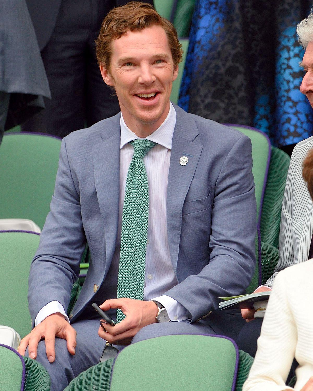 Bộ suit màu pastel khiến Benedict nổi bật ở Wimbledon