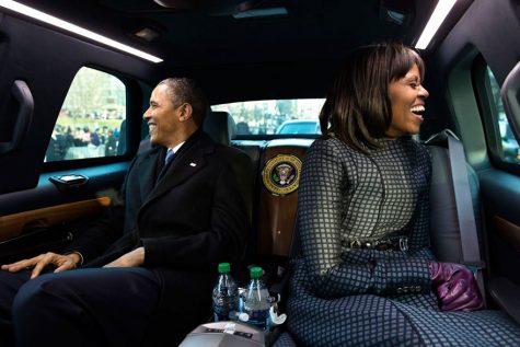 Hai vợ chồng Tổng thống trên chiếc xe diễu hành ngày 21/1/2013