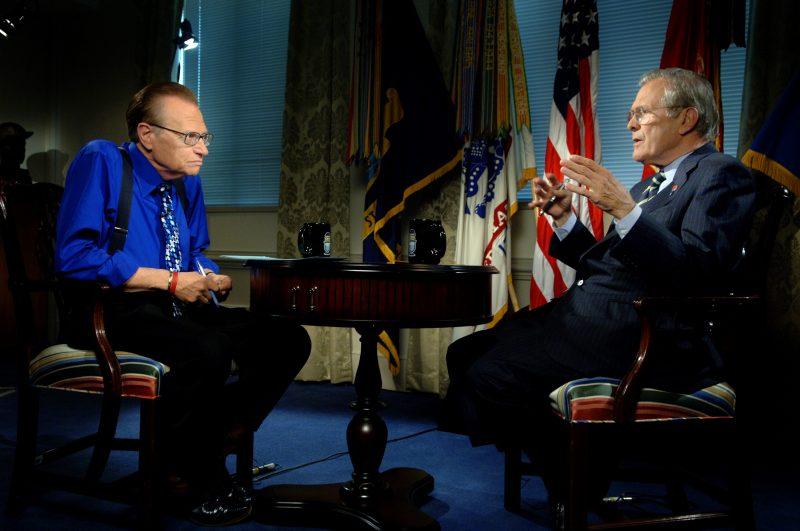 Làm chủ nghệ thuật giao tiếp với Larry King, đối thoại giữa 2 người.