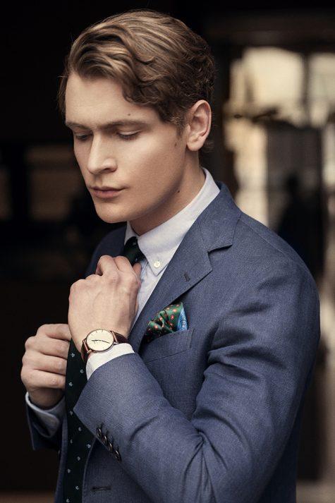 đồng hồ nam: người mặc suits đeo daniel wellington.