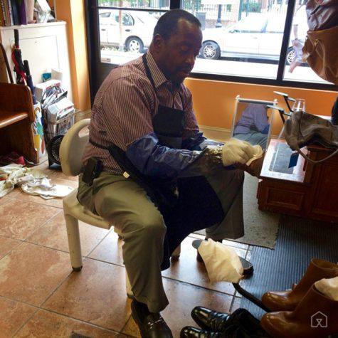 Tiệm đánh giày da nam