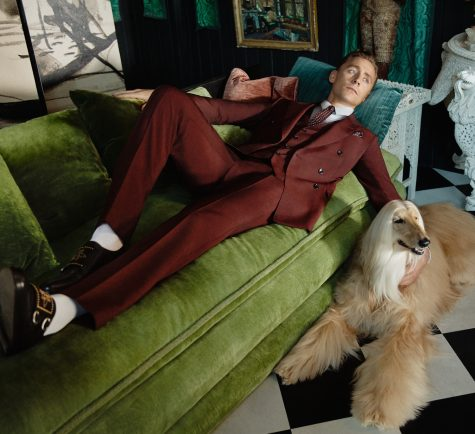 Tom Hiddleston trở thành gương mặt cho dòng Tailoring của Gucci Cruise 2017