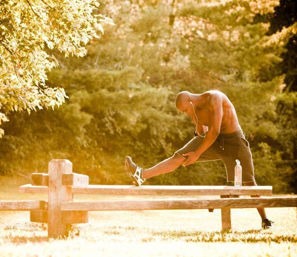 Đừng quên khởi động trước khi chạy bộ buổi sáng